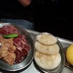 52480312 - 玉ねぎ+三種の肉