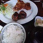 亀や - 料理写真:唐揚げ&ミニハンバーグ定食