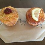アルパカ珈琲 - 料理写真:森田さんのトマトとクリームチーズのマフィン・レモンと酒かすのマフィン