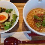 彩茶房 - 麺とご飯のハーフセット(魯肉飯と麺線)
