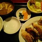 台湾食堂 帆 - 大餃子定食 580円