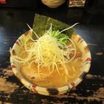 上野 戸みら伊本舗 - 豚骨魚介ラーメン