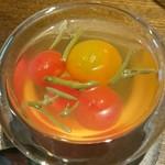 52491975 - 熊本産ミニトマト、秋田産じゅんさい 鰹ダシ、梅酒を用いたマリネ