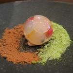 モンプチコションローズ - 28年6月 わらび餅と黄粉アイス、フルーツ 黒砂糖と抹茶の氷