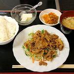 好味苑 - 好味苑 @本蓮沼 豚肉の生姜焼 300円 + ライスセット 200円(共に税込)ライス少な目