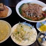 52496761 - 台湾ラーメン定食+麺大盛り