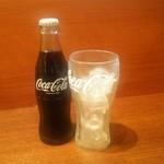 横浜家系ラーメン 岩槻商店 - ドリンク写真:コカ・コーラ