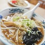 まる玉食堂 - 料理写真:正油ラーメン