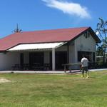 クラブ ハウス カフェ - とても広い芝生のお庭があります
