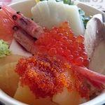 52499383 - 海鮮丼