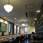 とり天発祥の店 レストラン東洋軒 - 2階