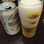 東京駅 斑鳩 - 缶ビールなのがいっそ気持ちいい(^∇^)