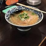 東京駅 斑鳩 - 豚骨煮卵塩ラーメン(^∇^)