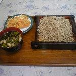 河内うどん屋 - 蕎麦450円+かき揚げ100円