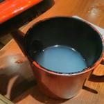 うどん棒 - 最後につけ汁を「そば湯(うどん湯?)」で割ります。