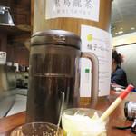 博多天ぷら たかお - 辛子明太子・浅漬け1種類が食べ放題、脂肪の吸収を抑える黒烏龍茶が飲み放題です。