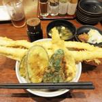 博多天ぷら たかお - 対馬産活〆大穴子天丼1,700円。定食も同じ値段です。