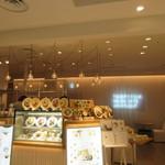 24/7 cafe apartment  - お店は福岡パルコ新館の3階にあります。