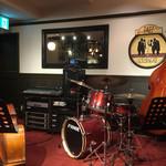 茨木グリル - ドラムセット