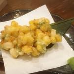 きち屋 - もろこしと山芋のかき揚げ
