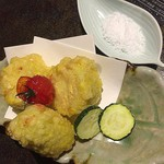 うまかぁ~黒豚と肴料理 まん - とうもろこしの天ぷら