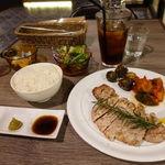 シブヤ ボウリング カフェ - 鹿児島やごろう豚のソテー(ライスお替り自由) 1200円