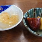 52526073 - ジャガ芋の煮物と心太
