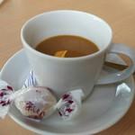 52527618 - 「コーヒー」、「栗しぐれ」