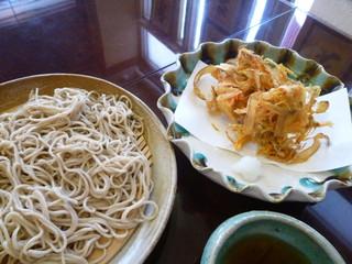 蕎麦ダイニング赤坂 - ごぼうと海老のかき揚げそば