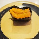 はま寿司 ららぽーと甲子園店 - ウニ!!これは150円の特別な皿( ̄▽ ̄)