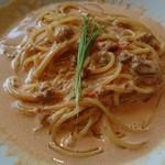 52532984 - 生ウニのトマトクリームソース スパゲッティーニ