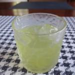 ダイニングカフェ DONA - 綺麗な色の冷茶