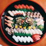 マーマレードカフェ - ご要望にお応えして寿司の盛り合わせも承ります。