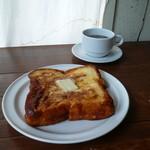 ミンカ - おいしいコーヒーとフレンチトースト