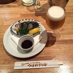 Tsubameguriru - ニシンの酢漬け つばめ風670円、グラスビール475円