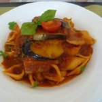 アルコバレーノ - トマトソースのコンキリエ