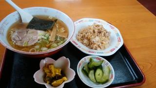 紅龍菜館 - ラーメンセット