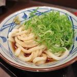 丸亀製麺 - ぶっかけ冷に青ネギぶっかけ290円(税込)。