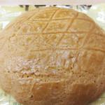 キムラヤ 本店 - がわたんは、まるあじの表面の生地だけをクッキー状に焼いたものです。