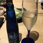炭火焼鳥 権兵衛 - 澪(スパークリング日本酒)
