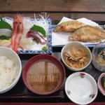 食い処 飲み処 久平 - 料理写真:お魚三味定食 1000円