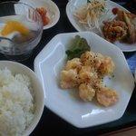 中華料理 美升 - こちらはエビマヨ定食