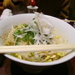 Shimizu - しみずの少々温かい豆もやし