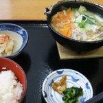 52552038 - なんこ鍋定食950円