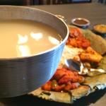 ネパール民族料理 アーガン - ランチのチャン(ネパールどぶろく)