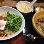 52553564 - ランチセット(汁なしタンタン刀削麺+山椒麻婆豆腐丼)