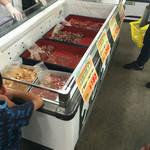丸優 - 料理写真:焼肉用のお肉も安くて人気