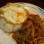 タイレストラン クンメー1 - ガパオ