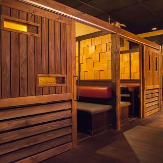 個室充実のプライベートダイニングで雰囲気たっぷりのお料理を!