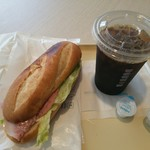 ドトール コーヒー ショップ - 料理写真:ミラノサンド&アイスコーヒー
